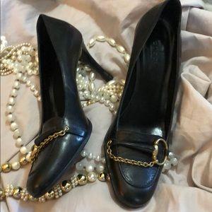 Vintage Gucci black heels 7.5B